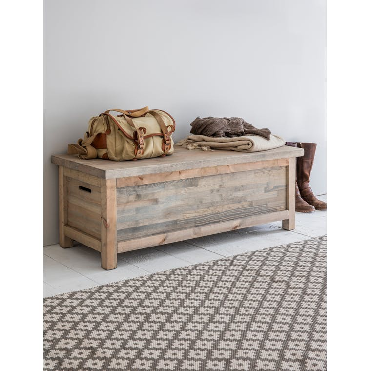 Wooden Aldsworth Hallway Bench Box | Garden Trading