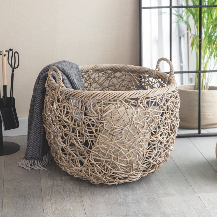 Rattan Tangled Weave Basket in Small, Medium or Large   Garden Trading