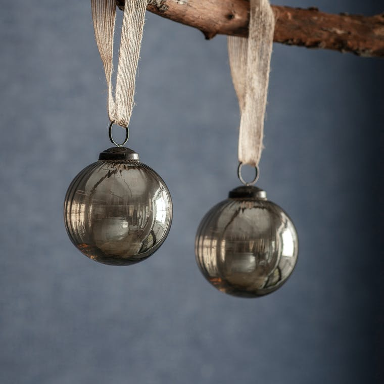Glass Pair of Murine Baubles in Clear or Smoke | Garden Trading