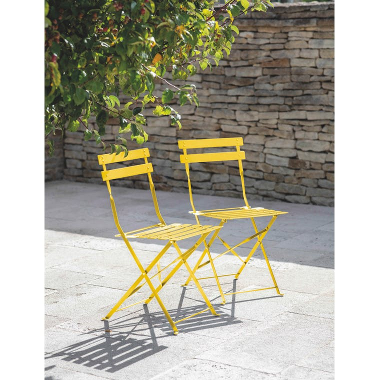 Garden Trading Rive Droite Bistro Set and Chair in Lemon