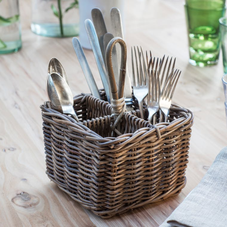 Rattan Bembridge Cutlery Holder| Garden Trading