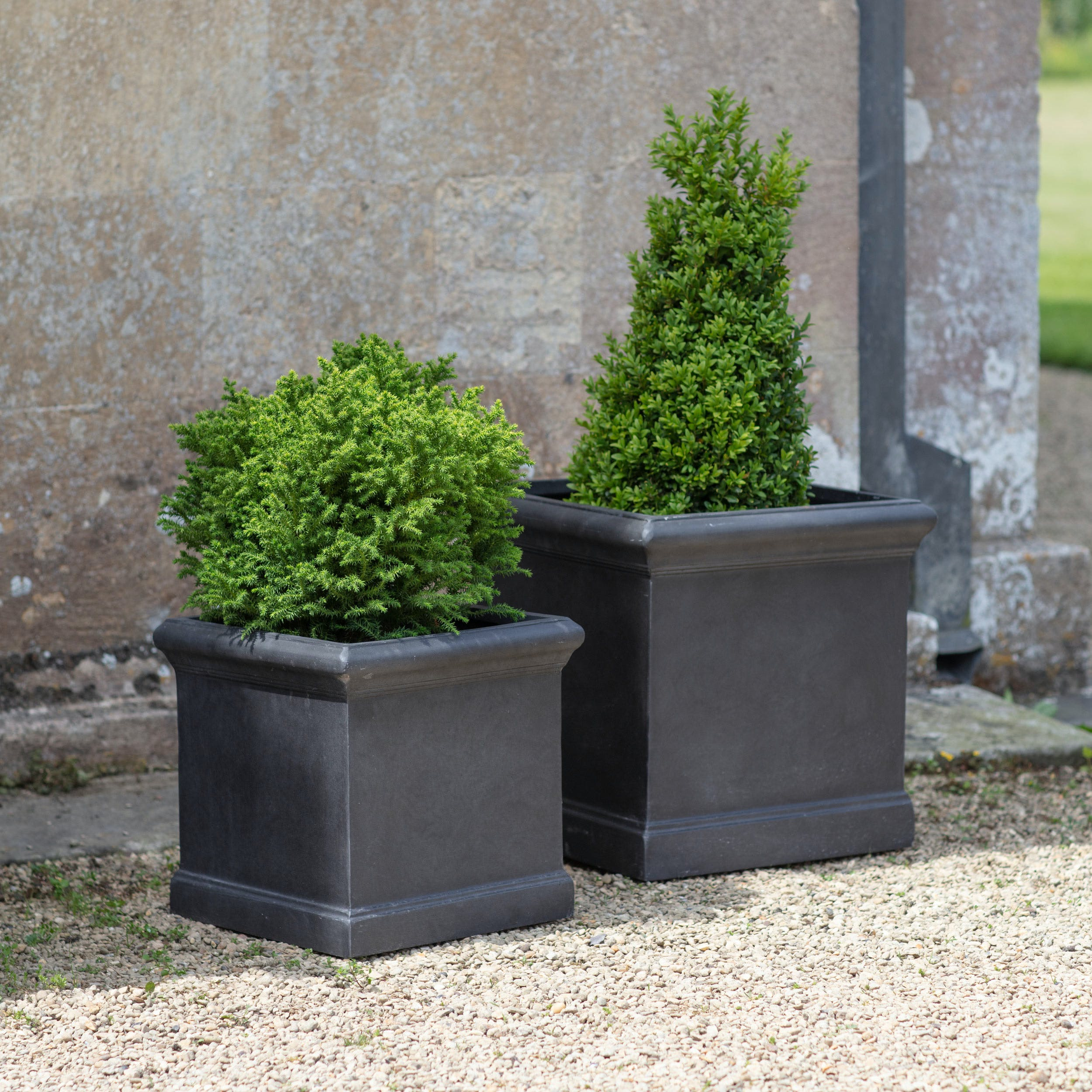 Fibre Clay Set of 2 Boxgrove Outdoor Planters in Black | Garden Trading
