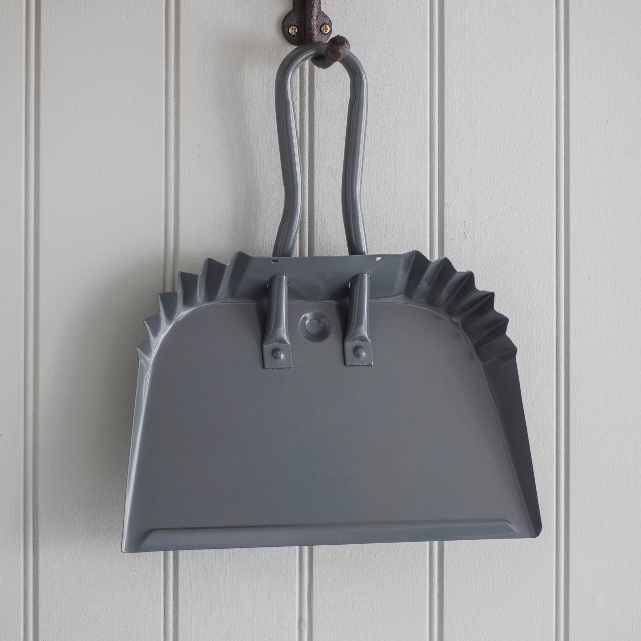 Steel Workshop Dustpan in Grey in Small or Large | Garden Trading