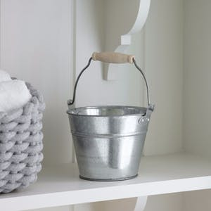 Galvanised Storage Bucket