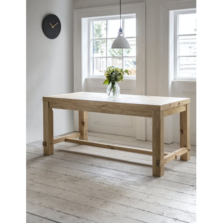Garden Trading Small Brookville Table