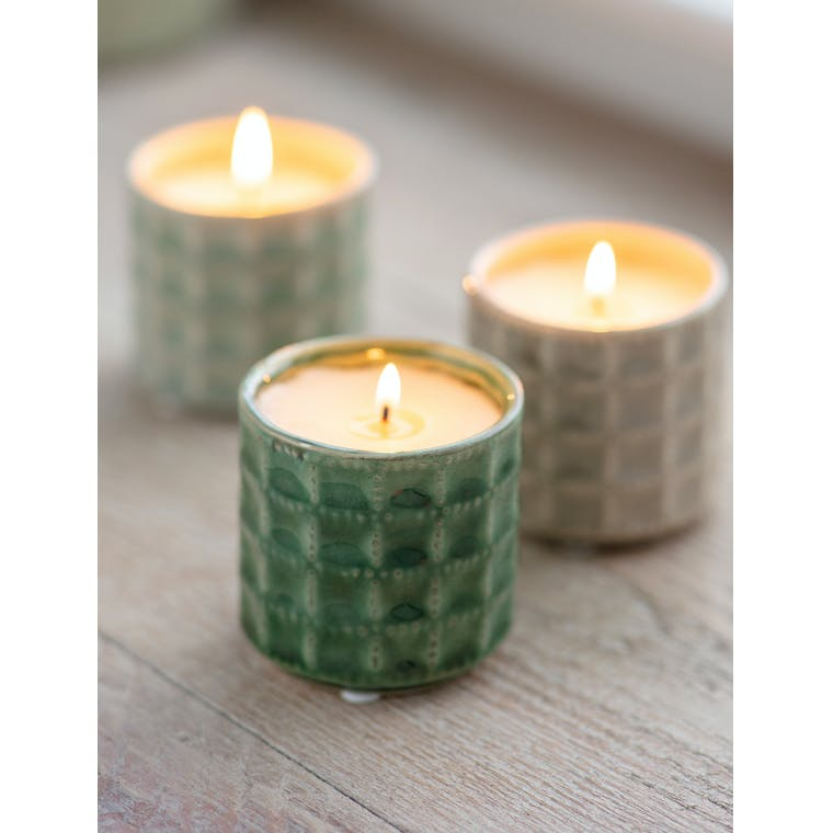 Garden Trading Sorrento Candle in Foliage Green - Camomile Lawn
