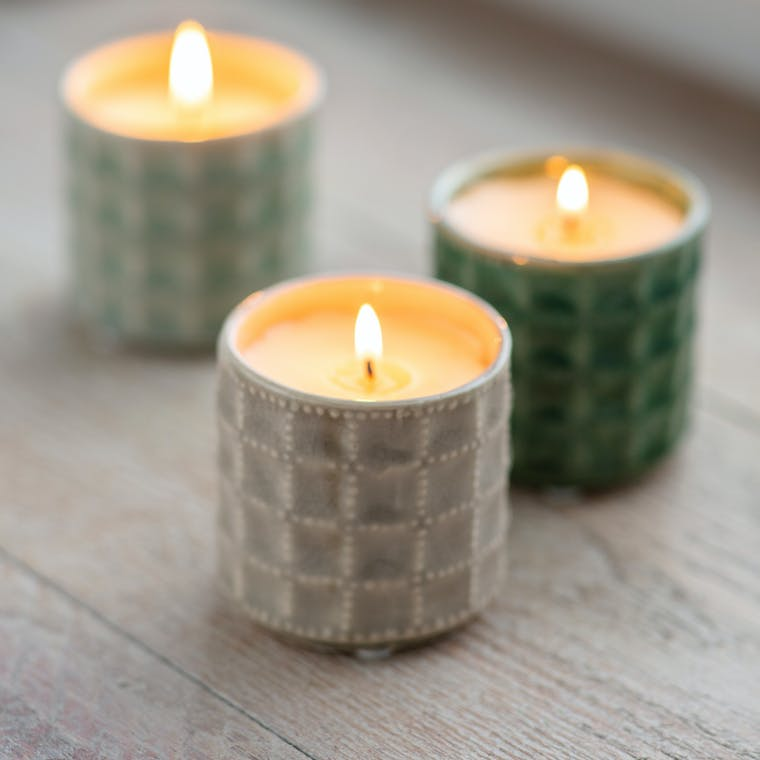 Sorrento Candle in Thyme/Mint, Hay Meadow or Camomile Lawn | Garden Trading