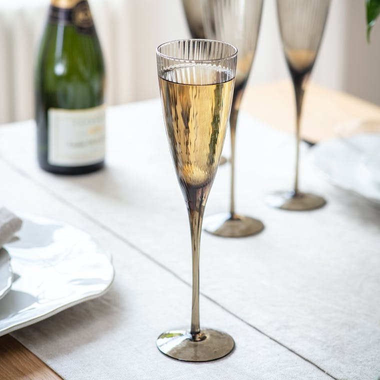 Glass Set of 4 Berkeley Champagne Flutes | Garden Trading