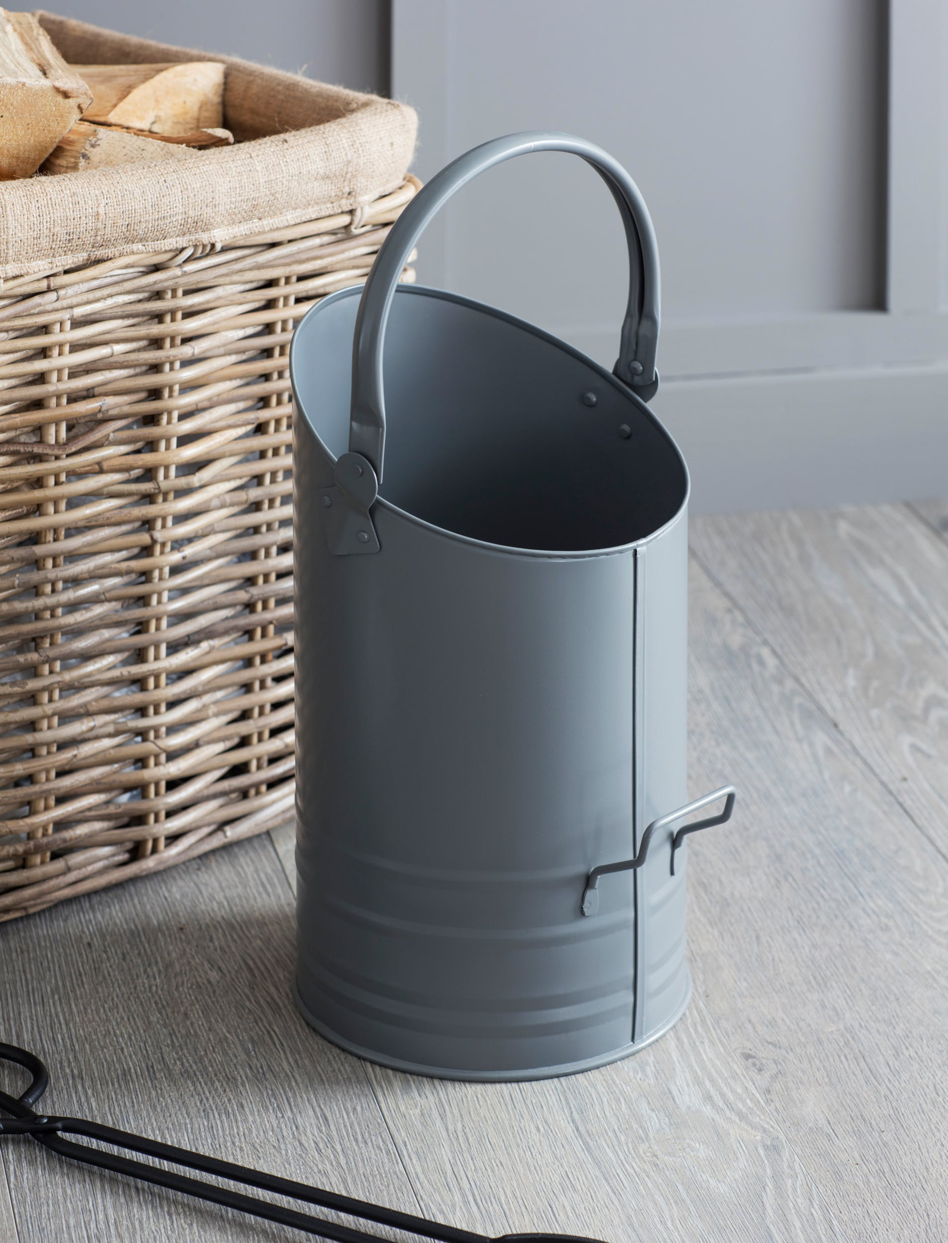 Steel Coal Hod in Grey | Garden Trading