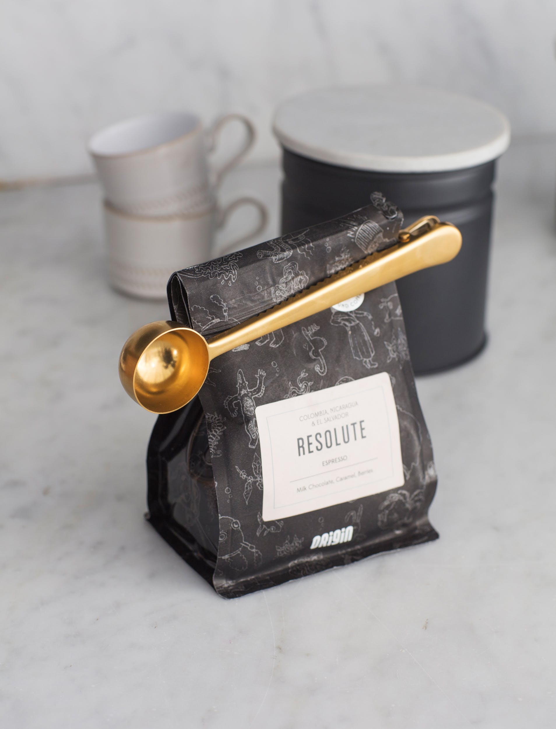 Brass Brompton Coffee Scoop with Clip   Garden Trading
