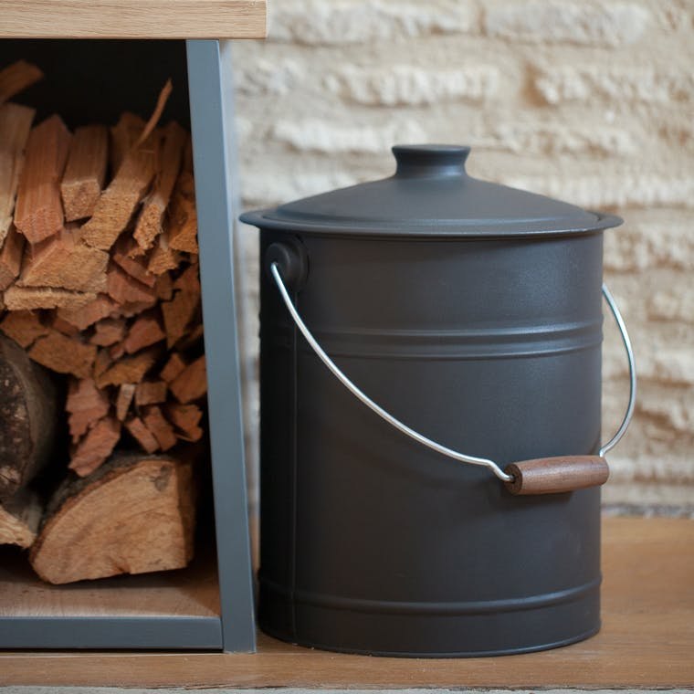Steel Forge Fire Bucket in Black | Garden Trading