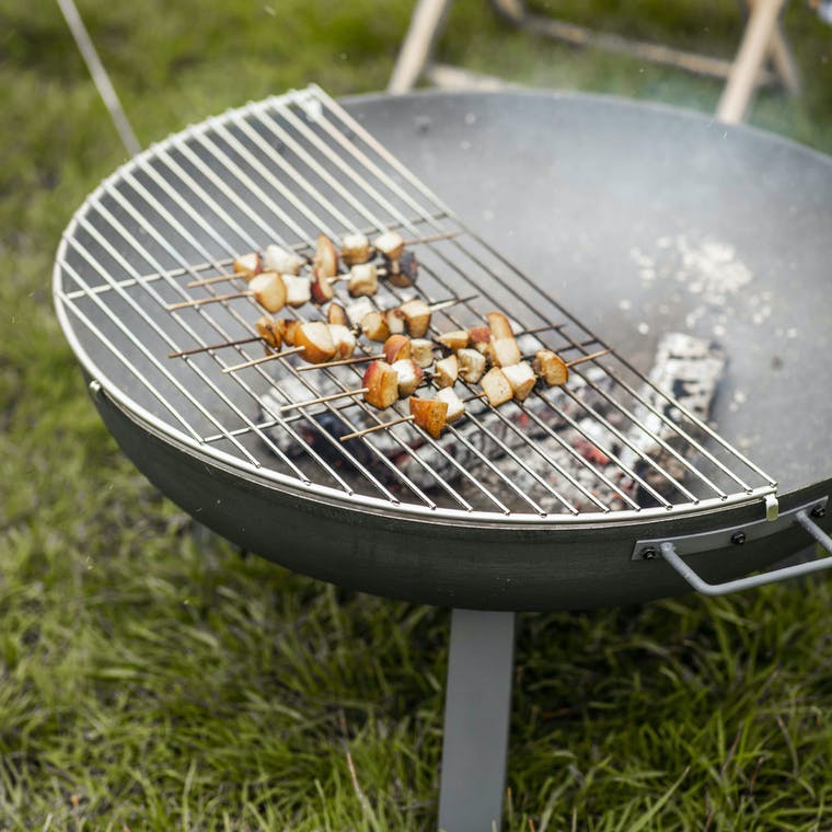 Stainless Steel Foscot Grill in Small or Medium | Garden Trading