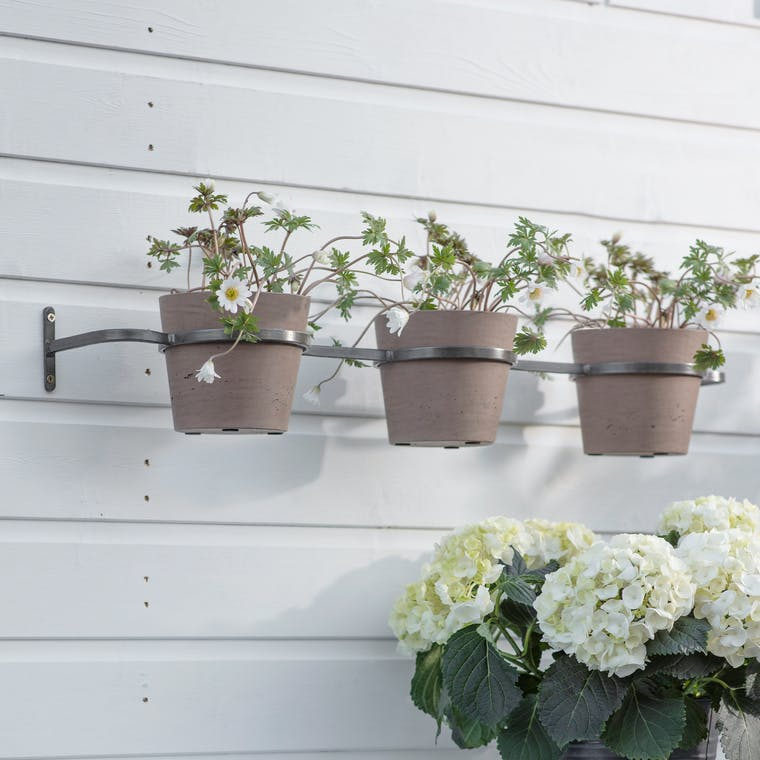 Triple Stratton Wall Pots Holder in Natural or Black | Garden Trading