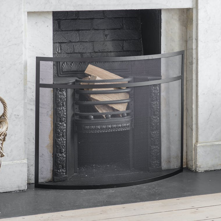 Steel Black Bretforton Firescreen in Small or Large | Garden Trading