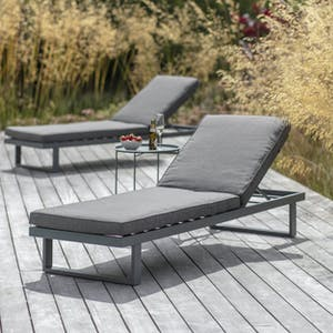 West Strand Lounger