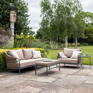 Heyshott Sofa Set