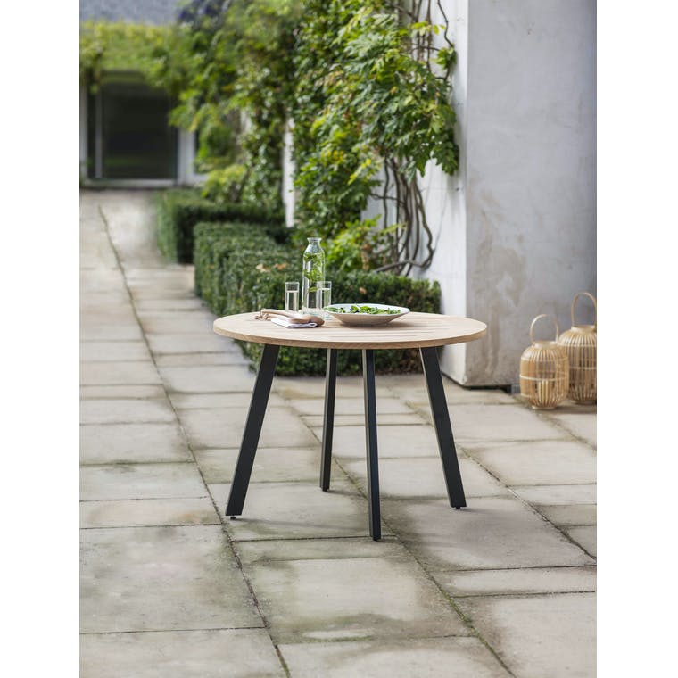 Garden Trading Gwithian Round Table in Teak