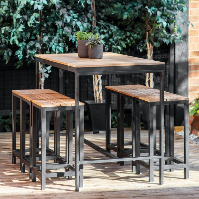 Camley Bar Table Set