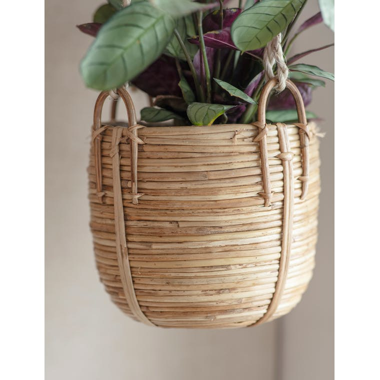 Rattan Mayfield Hanging Plant Pot | Garden Trading