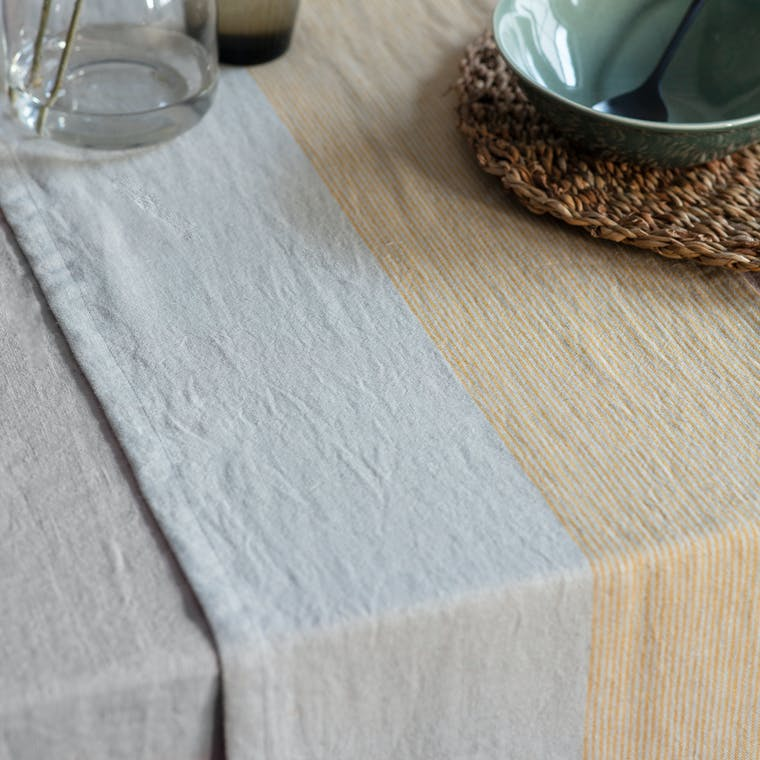 Linen Hazleton Table Runner | Garden Trading
