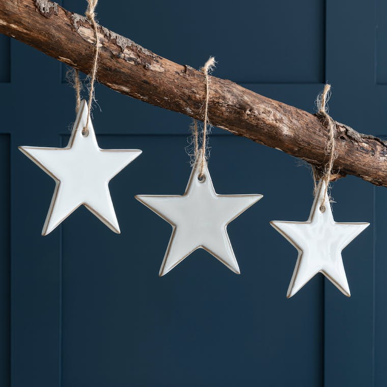Hanging Stars Set of 3 in Off White Ceramic - Ithaca | Garden Trading