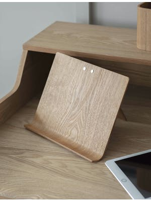 Brushfield Tablet Stand