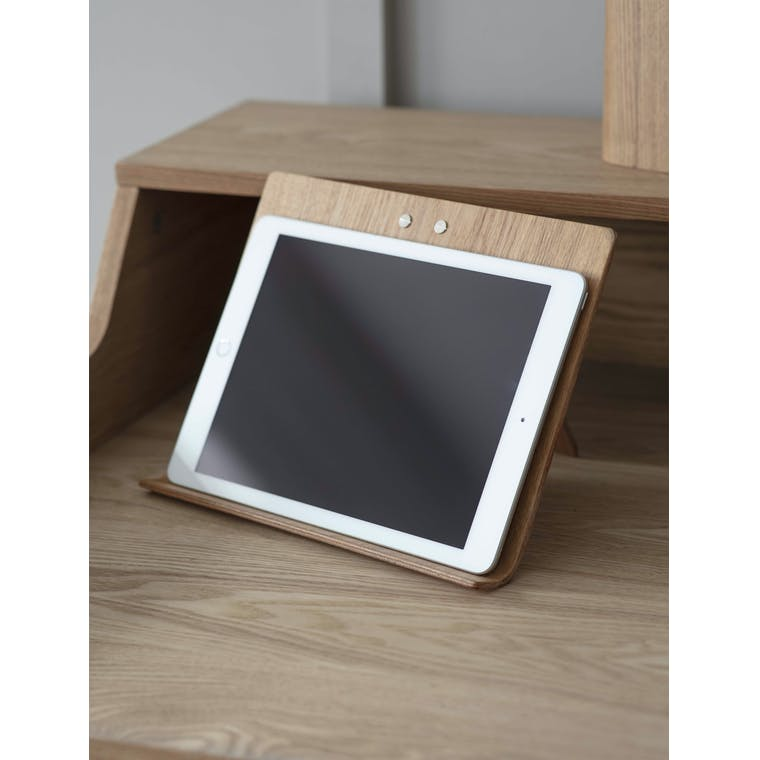 Wooden Brushfield Tablet Stand | Garden Trading