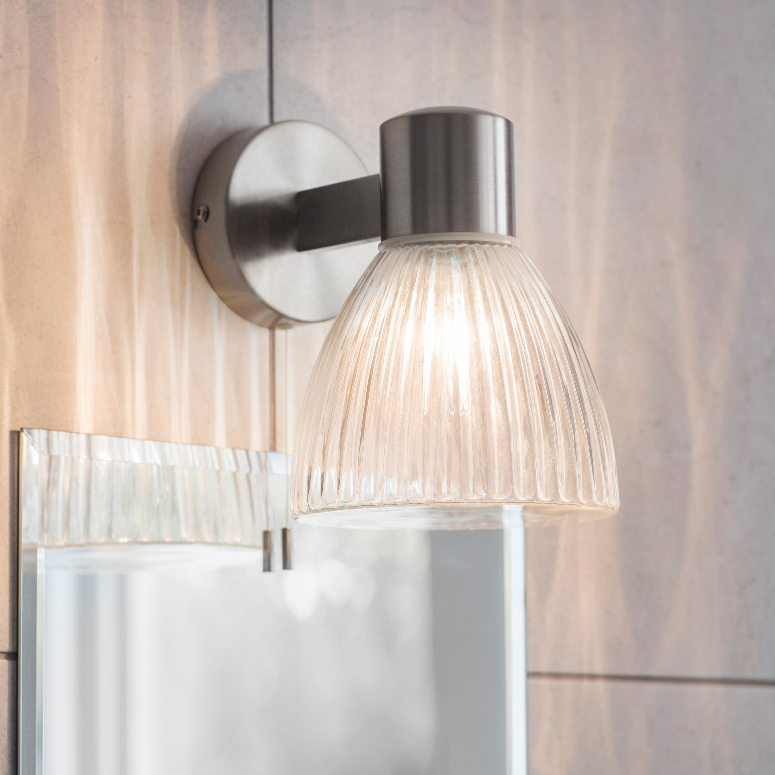 Gl Campden Bathroom Wall Light In