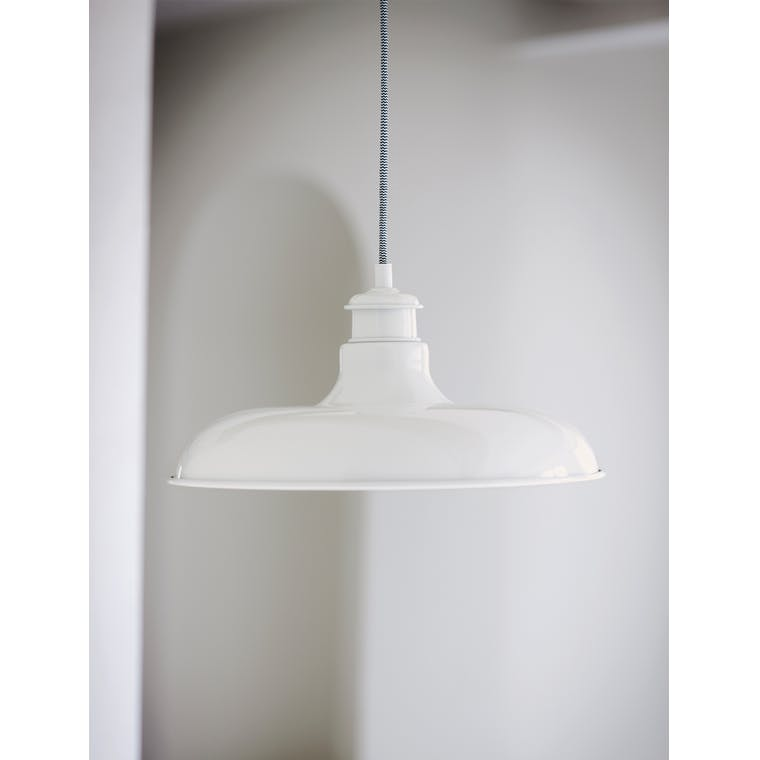 Indoor Toulon Pendant Light in Black or White  | Garden Trading