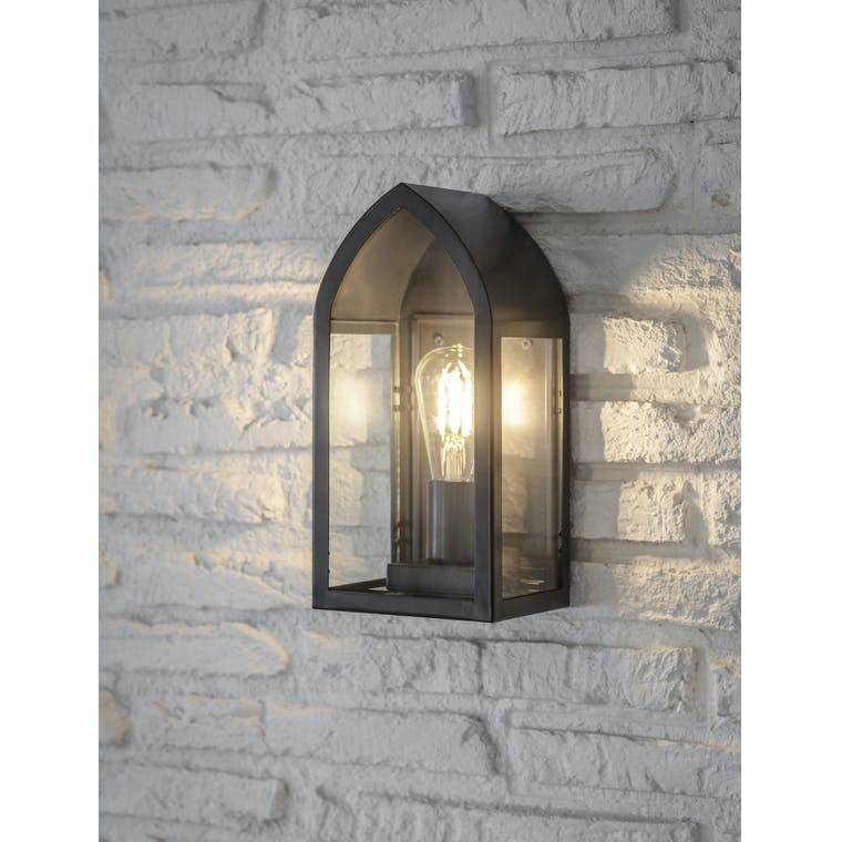 Steel Fairford Outdoor Wall Lantern in Black | Garden Trading