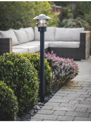 Strand Outdoor Post Lamp