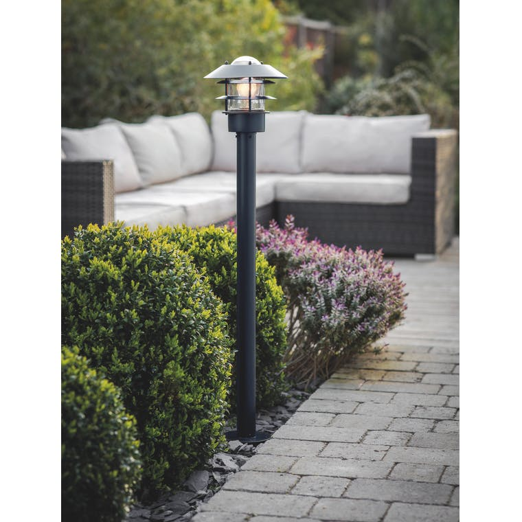 Garden Trading Strand Post Lamp in Carbon - Steel