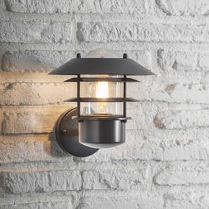Strand Wall Light