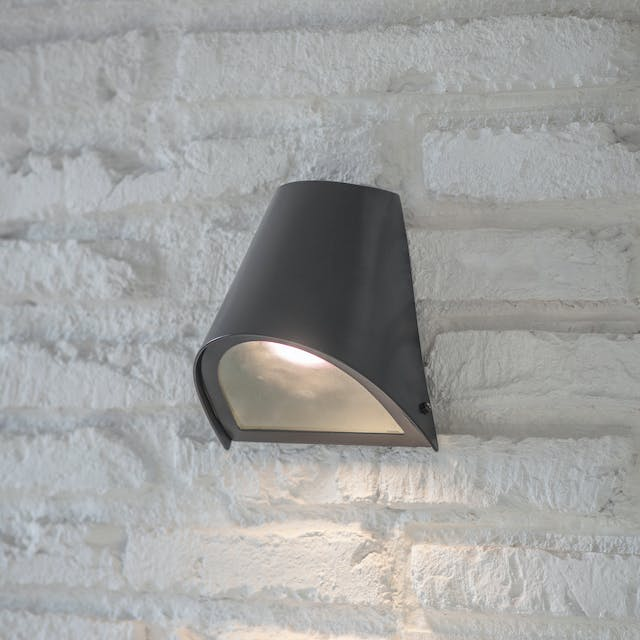Regent Funnel Light