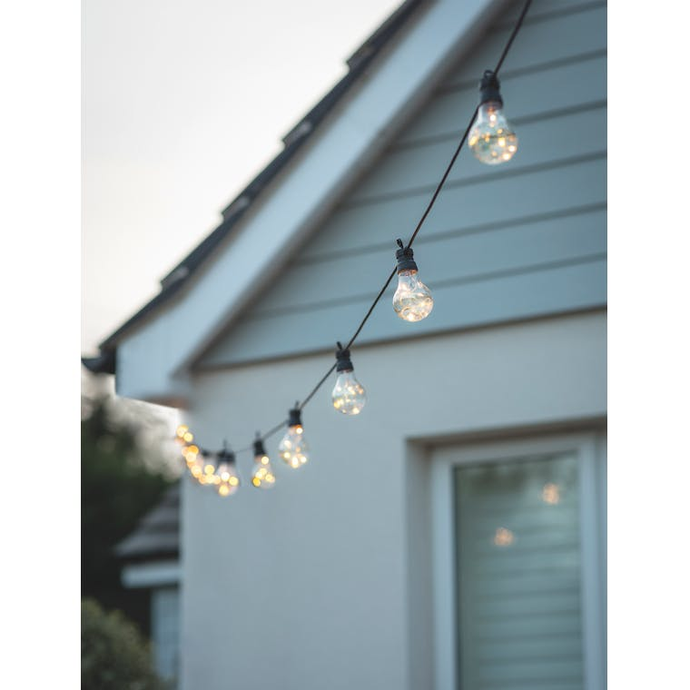 Festoon Classic Solar Lights 20 Bulbs by Garden Trading