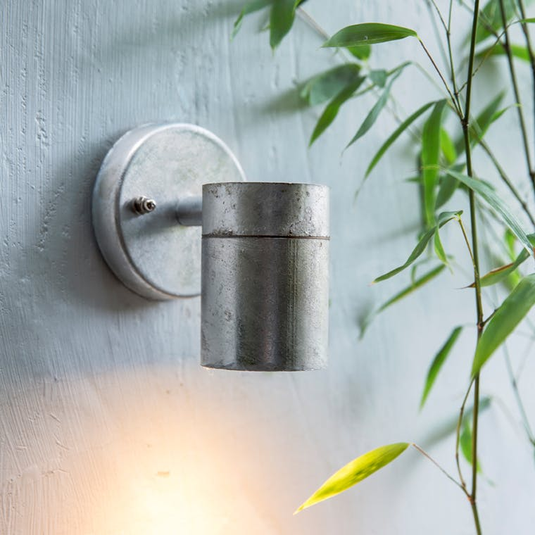 Hot Dipped Galvanised Down Light in Small or Large  | Garden Trading
