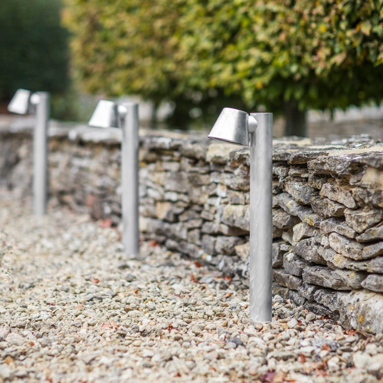 Hot Dipped Galvanised Steel St Ives Mast Path Light | Garden Trading