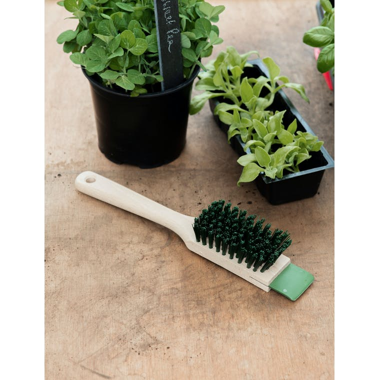Garden Trading Lawn Mower Brush