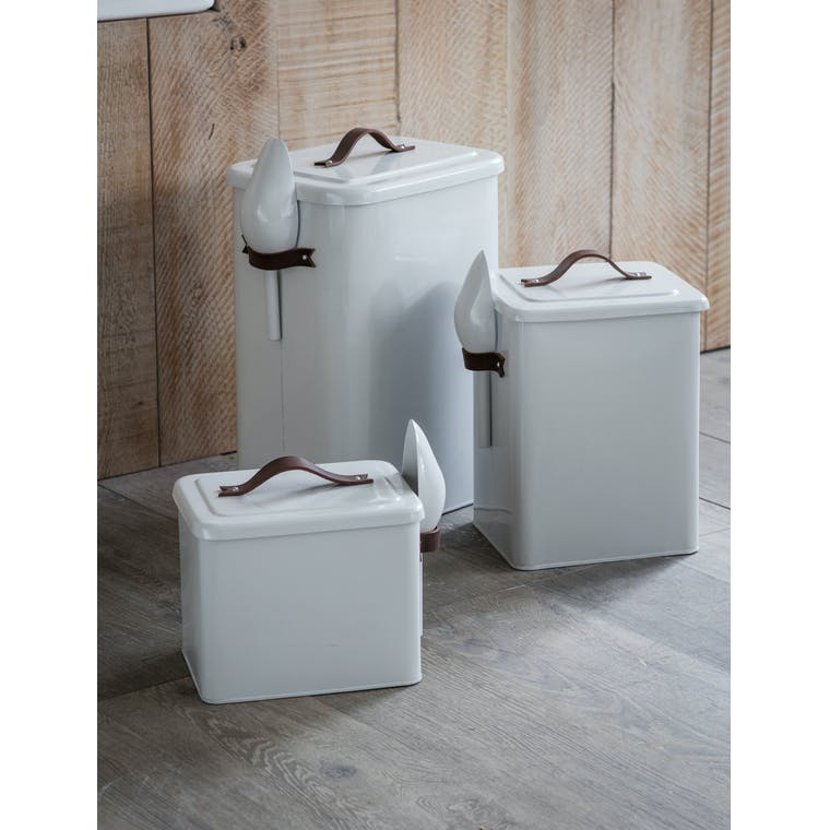 White Pet Bin with Leather Handle and Scoop in Small, Medium or Large | Garden Trading