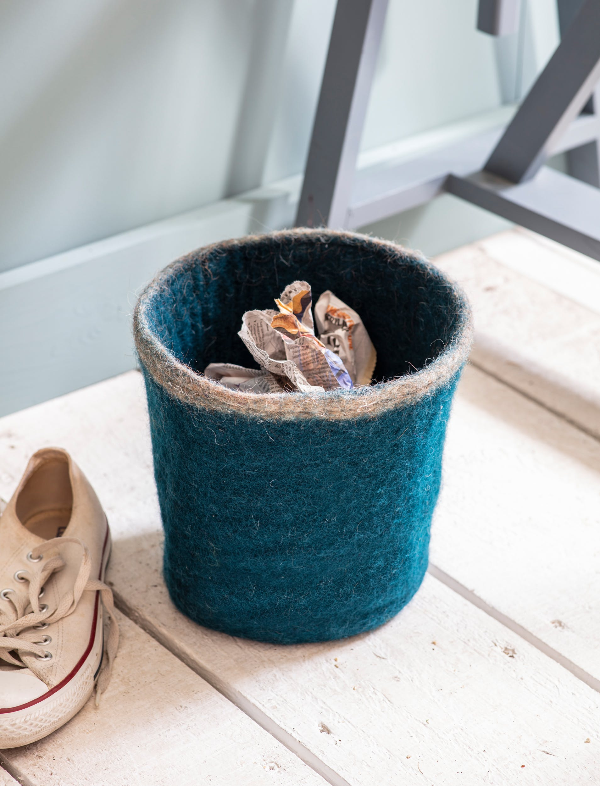 Fairtrade Felt Southwold Waste Paper Bin in Teal | Garden Trading