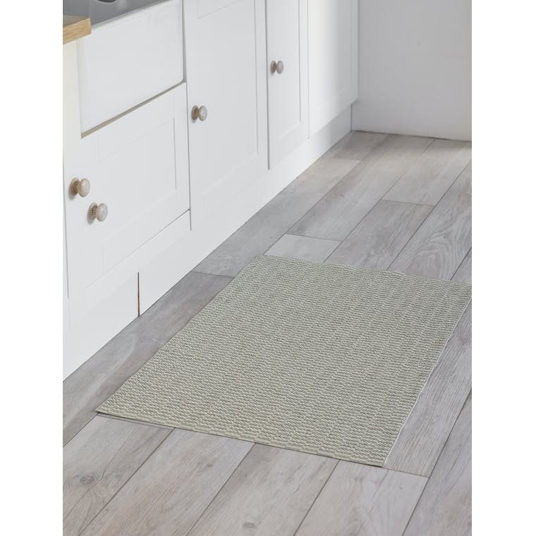 Outdoor Pemba Mat in Cream and Green in 100cm or 200cm | Garden Trading