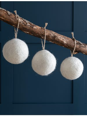 Set of 3 Southwold Round Baubles
