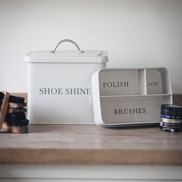 Steel Shoeshine Box in White  | Garden Trading