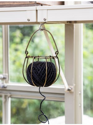 Wirework Holder & String