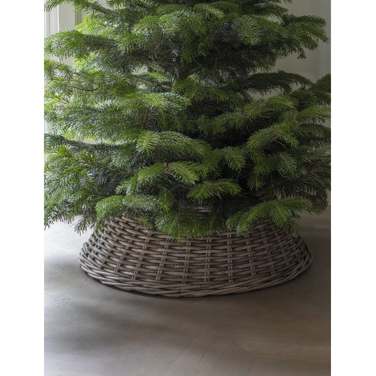 Rattan Christmas Tree Skirt in Small or Large | Garden Trading