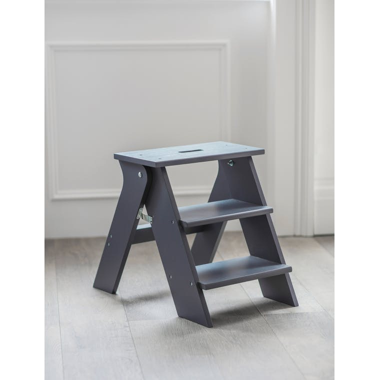 Wooden Step Stool in White or Black | Garden Trading