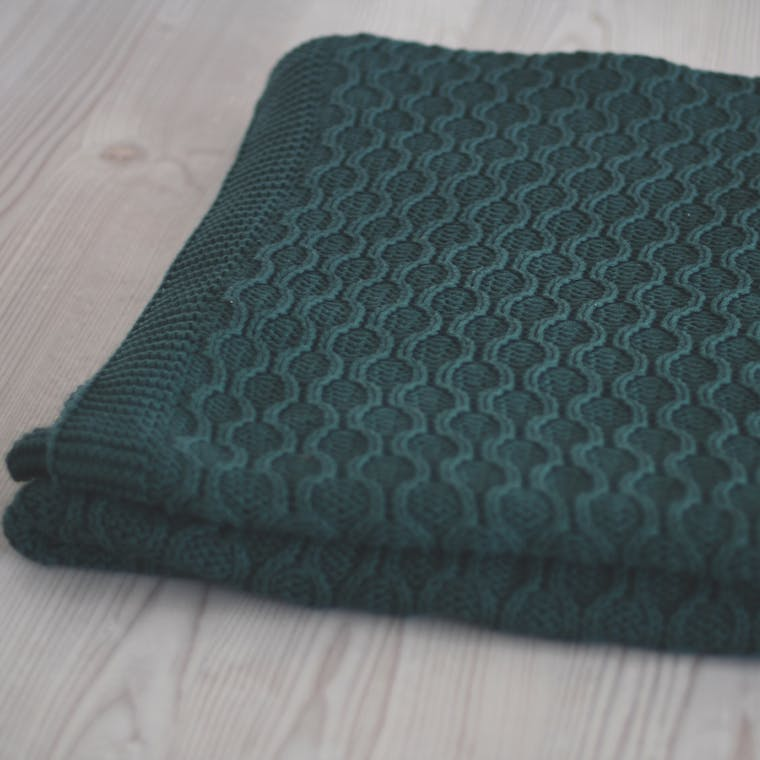 Cotton Ballater Throw in Green | Garden Trading