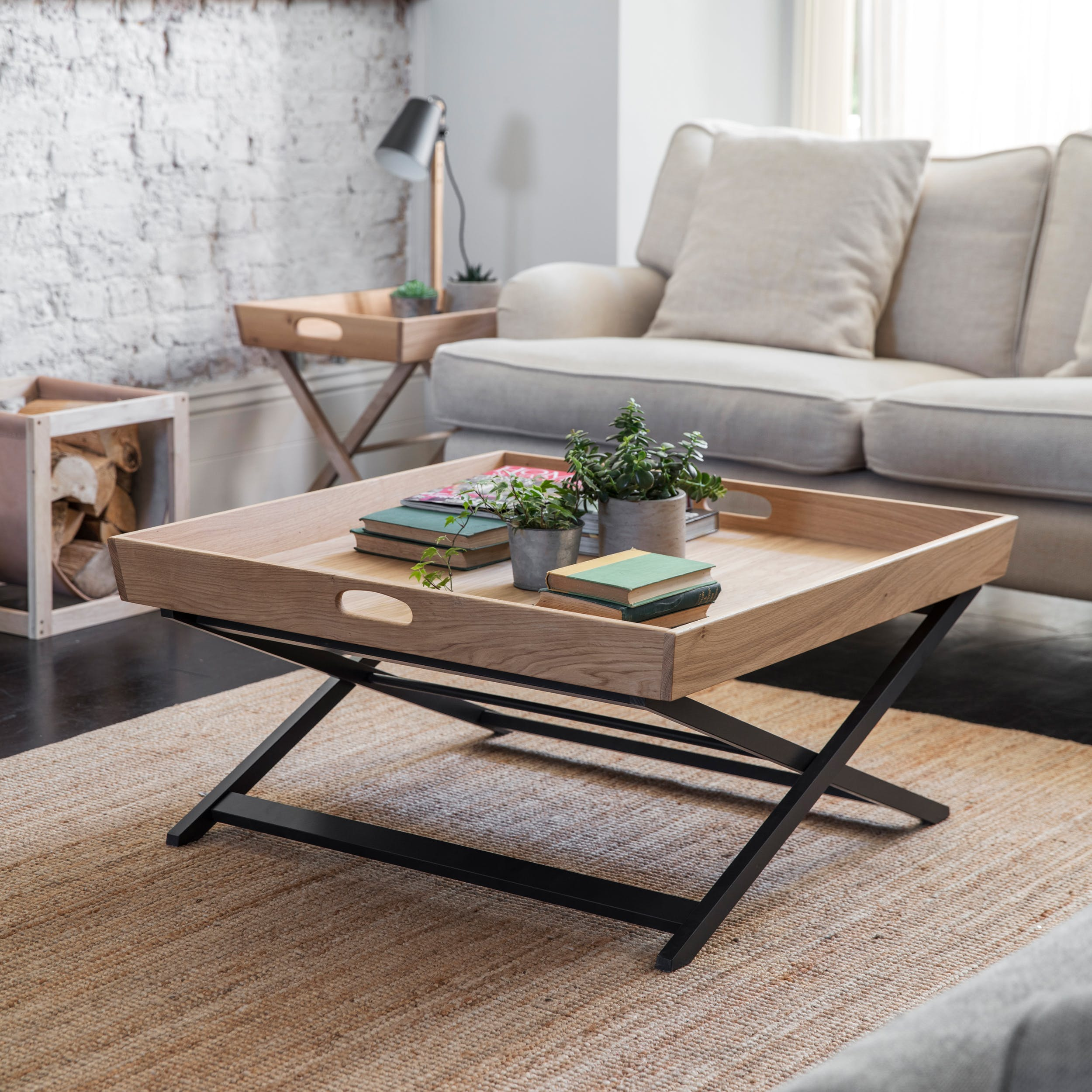 Oak Butlers Coffee Table Square in Black | Garden Trading