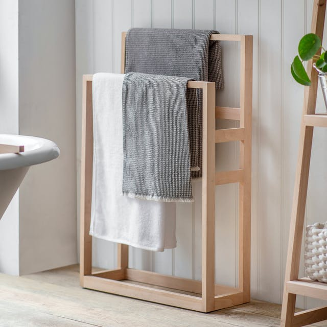 Southbourne Standing Towel Rail