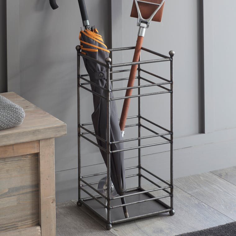 Metal Farringdon Umbrella Stand | Garden Trading